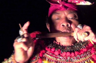 "Bali: #2 ""How to play GENGGONG (jaw harp)"""